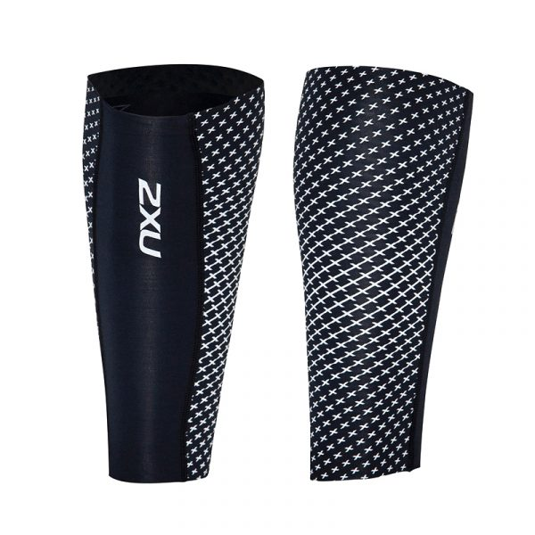The 2XU Reflect calf guard is a compression sleeve for the calf muscle which is designed to both be actively worn during and after any form of strenuous physical activity.