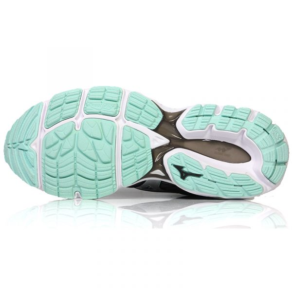 Mizuno Wave Inspire 14 Women's Running Shoe sole