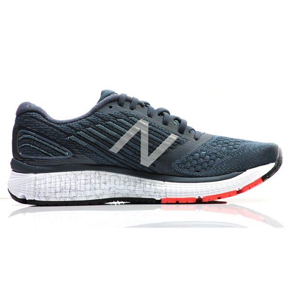 New Balance 860 v9 Men's Running Shoe Back View