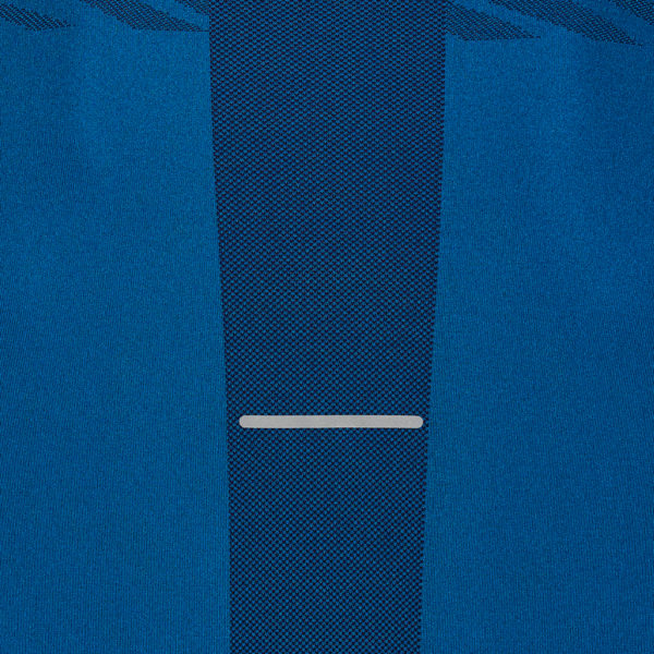 Asics Seamless Texture Long Sleeve Men's Running Top Close Up of back